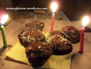 Cupcake penuh cinta :D